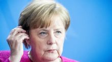 Merkel faces ultimatum from ally over migrants
