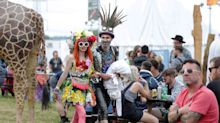 Los looks más surrealistas del Glastonbury Festival