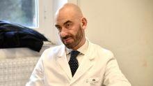 """Matteo Bassetti: """"Il 30-35% della popolazione ha avuto l'infezione nei mesi scorsi"""""""