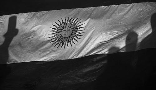 International: Drama in Argentinien: Fan wird von Tribüne geworfen und stirbt