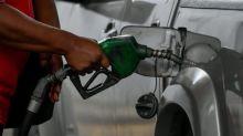 Venezuela distribuirá gasolina por número de matrícula ante grave escasez