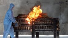 Non-stop cremations cast doubt on India's counting of COVID dead
