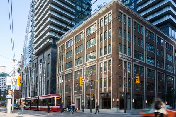 King Blue Hotel Opens in Toronto's Entertainment District