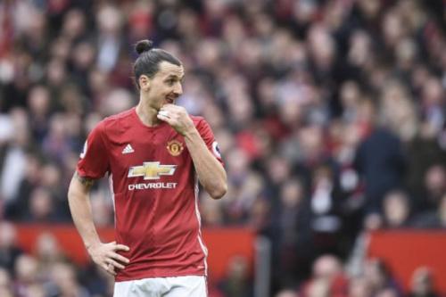 Mourinho admite que United pode manter Ibrahimovic no time