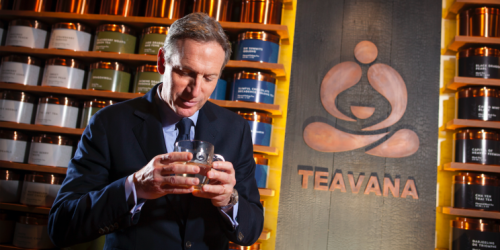 Starbucks' Howard Schultz poses for a portrait at his new Teavana store in New York, October 23, 2013. REUTERS/Carlo Allegri
