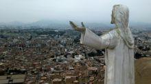 """Dilema en Perú: ¿qué hacer con el Cristo """"de la corrupción""""?"""