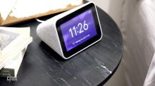 Lenovo Smart Clock: Google Assistant and Lenovo combine to make mornings easier