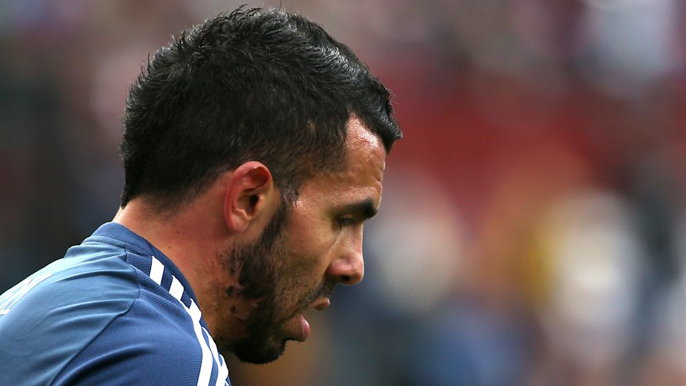 Tevez will decide whether he stays or goes, insist Shanghai Shenhua