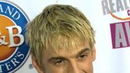 WOWtv - Aaron Carter Wants to Sweep Married Hilary Duff Off Her Feet