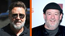 Coronavirus: Russell Crowe hails Johnny Vegas for delivering food to vulnerable neighbours