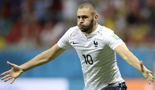 Griezmann admite que quer ver Benzema de volta à seleção francesa