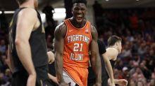 Kofi Cockburn announces his return to Illinois for his sophomore season — just hours after Ayo Dosunmu said he's coming back