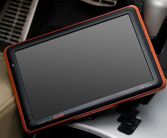 GPS-equipped FineDrive iQ500 PMP proves Korea's awesomeness once more