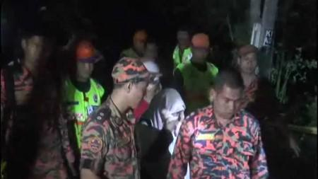 STRANDED ON GUNUNG JERAI:20 KUIN STUDENTS SAFE AND SOUND