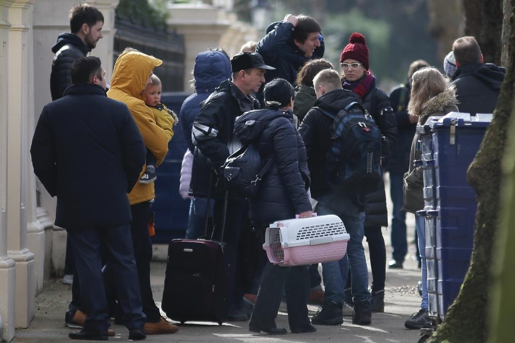 Russia U0026 39 S London Embassy U0026 39 Seriously Affected U0026 39 By Expulsions