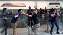 iPhone release date: Queues at Apple Stores very small – but company might actually be happy
