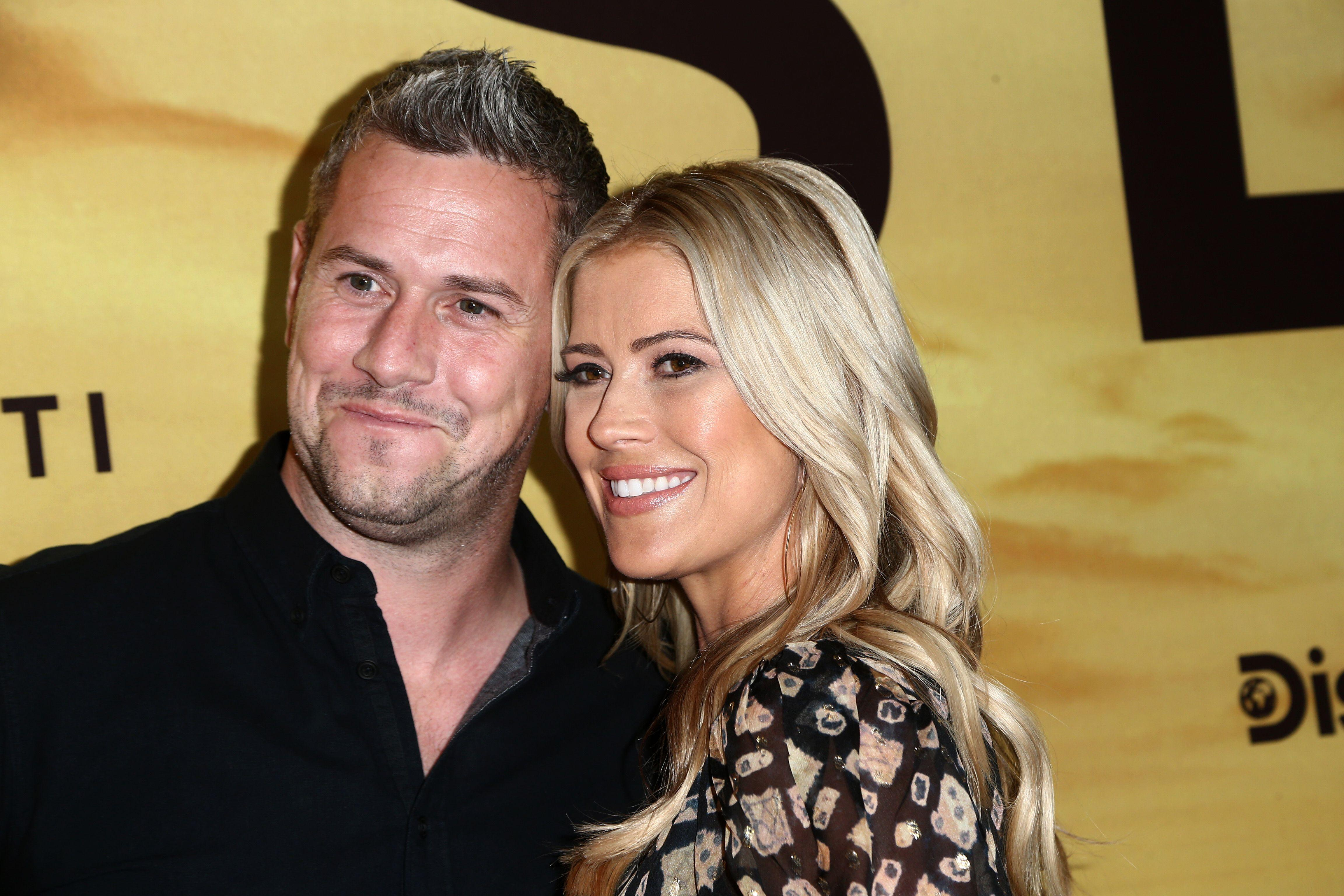 'Flip or Flop' Star Christina Anstead Chronicles Baby's ...