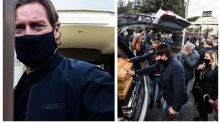 """""""Addio Sceriffo"""": Francesco Totti piange papà Enzo. Ai funerali in chiesa 30 persone"""