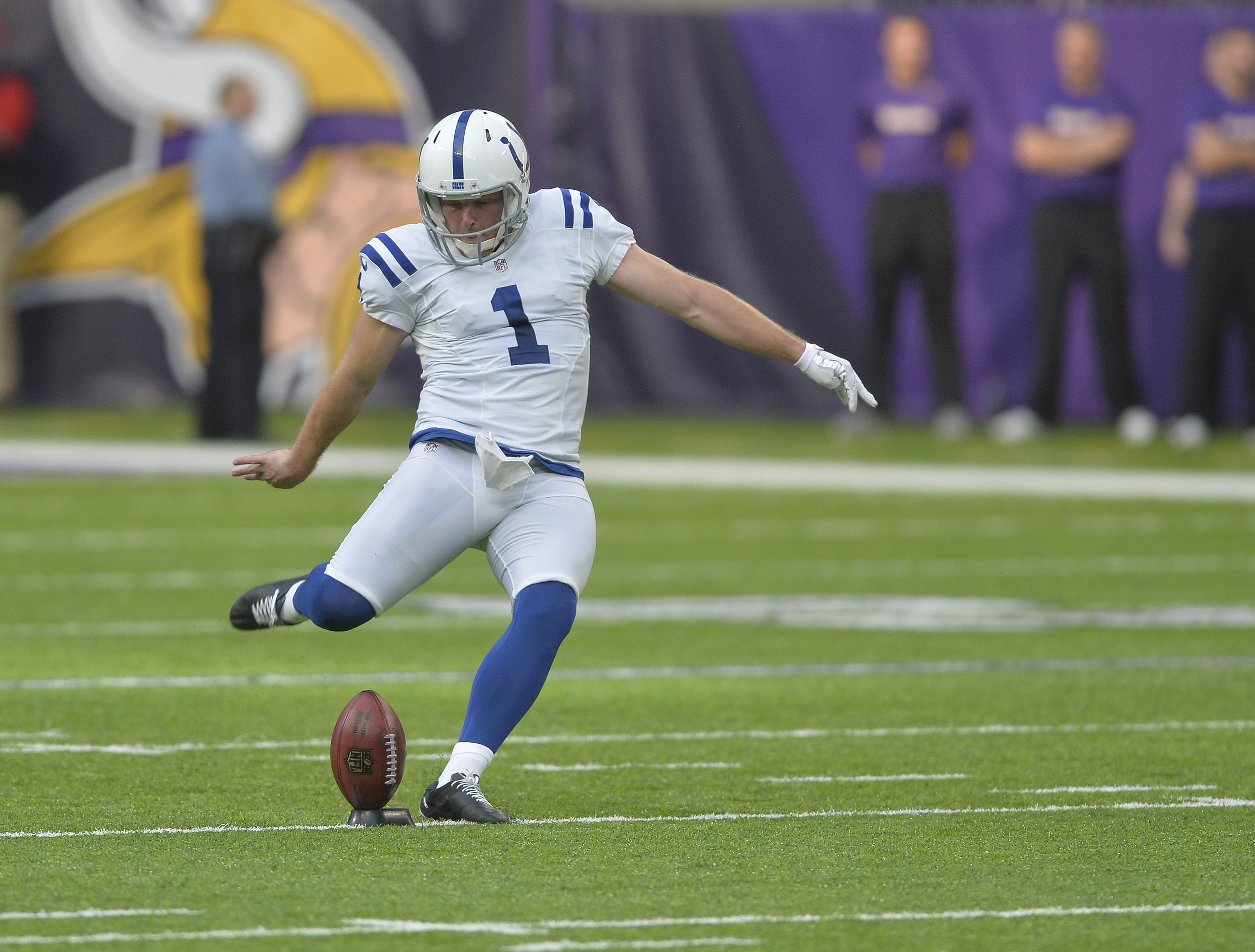 best service 995cf d2a45 Chicago tried bringing punter Pat McAfee out of retirement ...