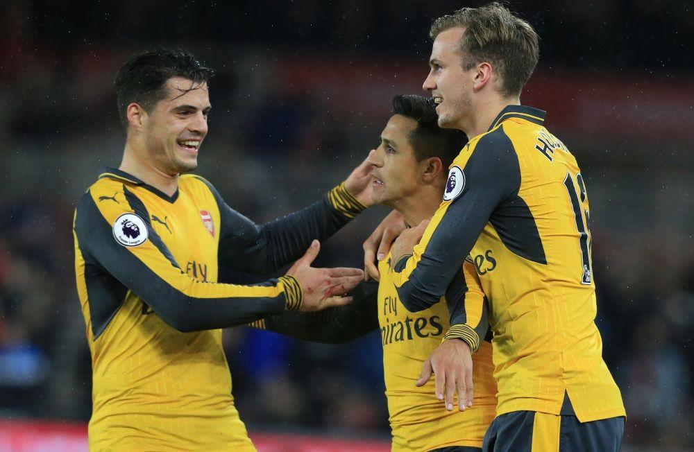 Middlesbrough-Arsenal: Alexis Sanchez maintient l'espoir pour les Gunners