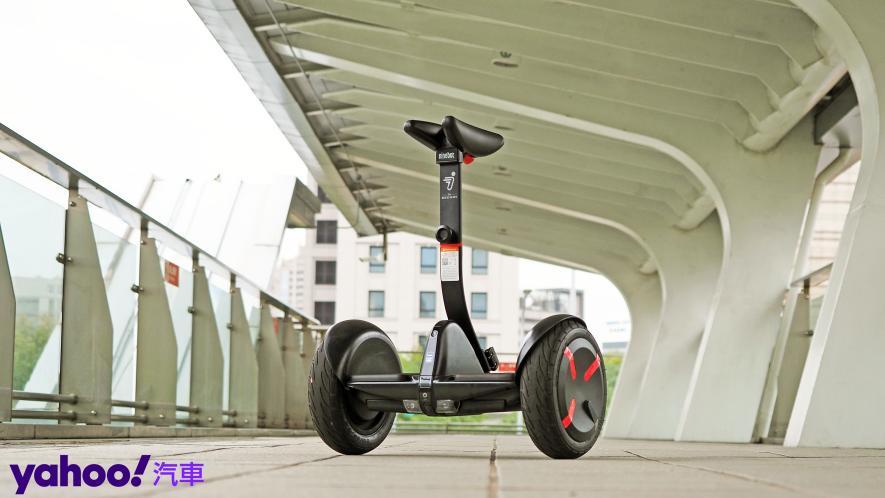 最從容帥氣的移動生活新指標!Segway Ninebot S PRO開箱實測! - 4