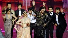 Rekha Steals the Show, Performs at IIFA 2018 After Twenty Years
