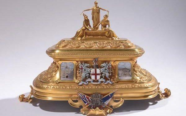 Treasure hunters in UK and France prepare to seek key to £650k golden casket of the Entente Cordiale