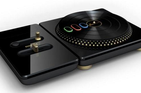 DJ Hero goes renegade with premium edition turntable, DJ stand