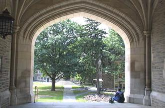 Princeton students get free tunes that won't play on iPods