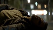 'A Dona do Pedaço': Camilo atropela Chiclete e foge sem prestar ajuda