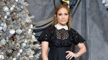 El estilo aniñado de Jennifer Lopez