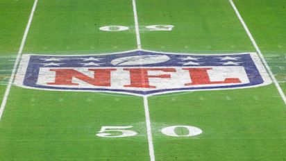 NFL takes strong stance with vaccine memo