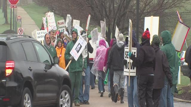 Strongsville striking teachers picket in Beachwood