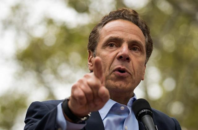 New York governor signs executive order to protect net neutrality