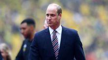 Prince William praised for using sign language to congratulate MBE recipient Alex Duguid