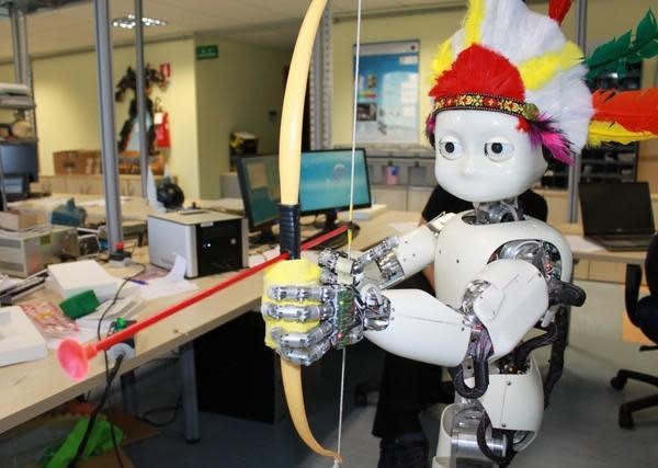 Robot Archer iCub learns to shoot arrows, pierces our mortal heart (video)
