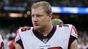 Falcons OT deletes tweet about protests