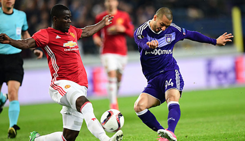 Europa League: United nur 1:1 - heftige Randale in Lyon