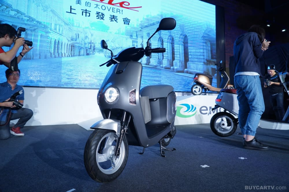 都會載具新選擇 eMOVING Shine電動自行車輕巧登場