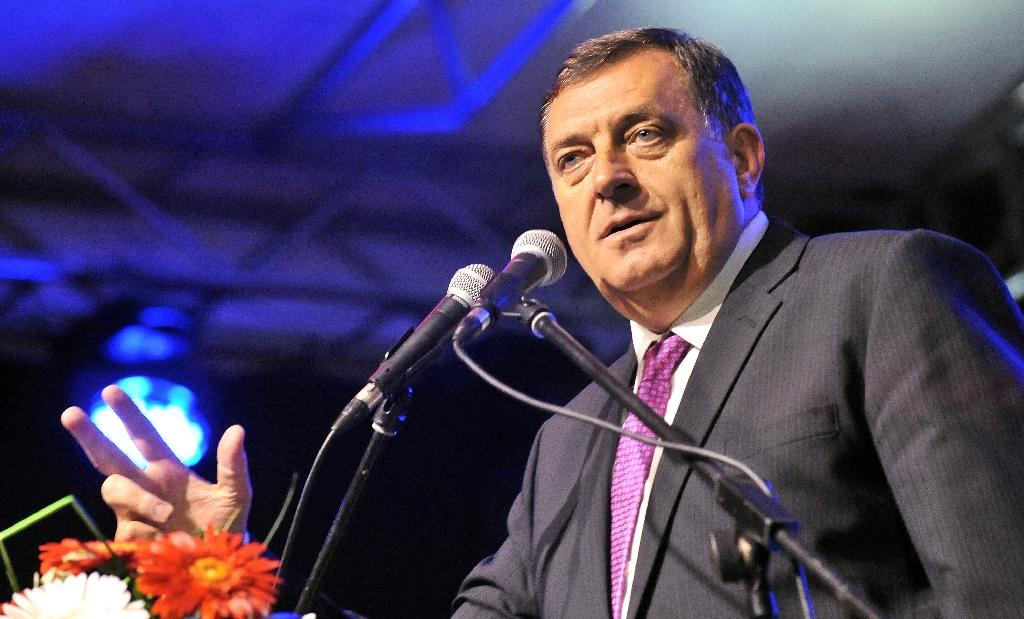 President of Bosnia and Herzegovina's Republika Srpska, Milorad Dodik said that unless a consensus can be found between Bosnia's communities -- Muslims, Serbs and Croats -- the country will disappear (AFP Photo/Elvis Barukcic)