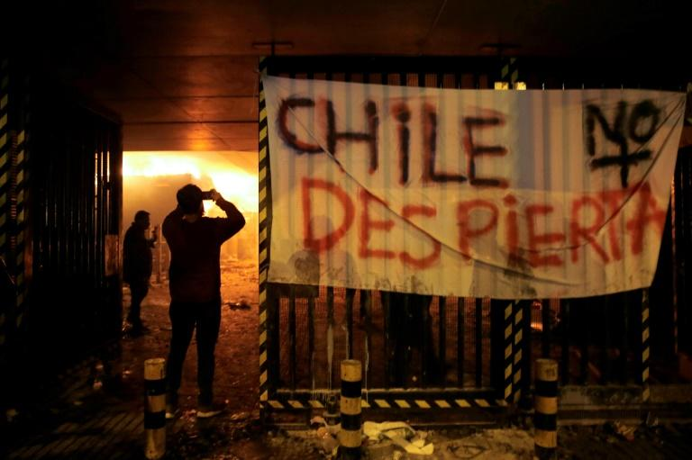 Chilean protests continue with 3 dead in fire at looted Walmart
