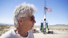 """""""Mad"""" Mike Hughes morre em foguete caseiro tentando provar que a Terra é plana"""