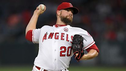 Angels' odd decisions may cost pitchers money