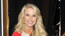 Christie Brinkley sports cast while cheering on daughter in 'DWTS' debut