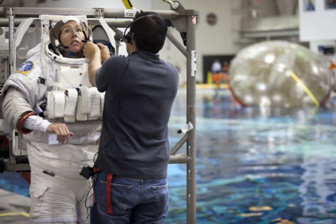 NASA wants to hire more astronauts