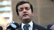 Australian senator quits over China links
