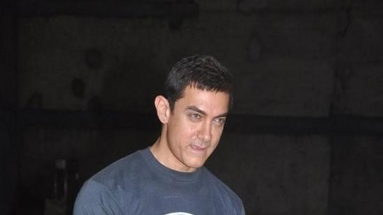 Aamir Avoids Questions About Salman And Sanjay