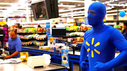 Walmart comp store sales beat expectations
