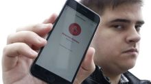 Anti-Putin protesters get a smart phone app to help get out of jail