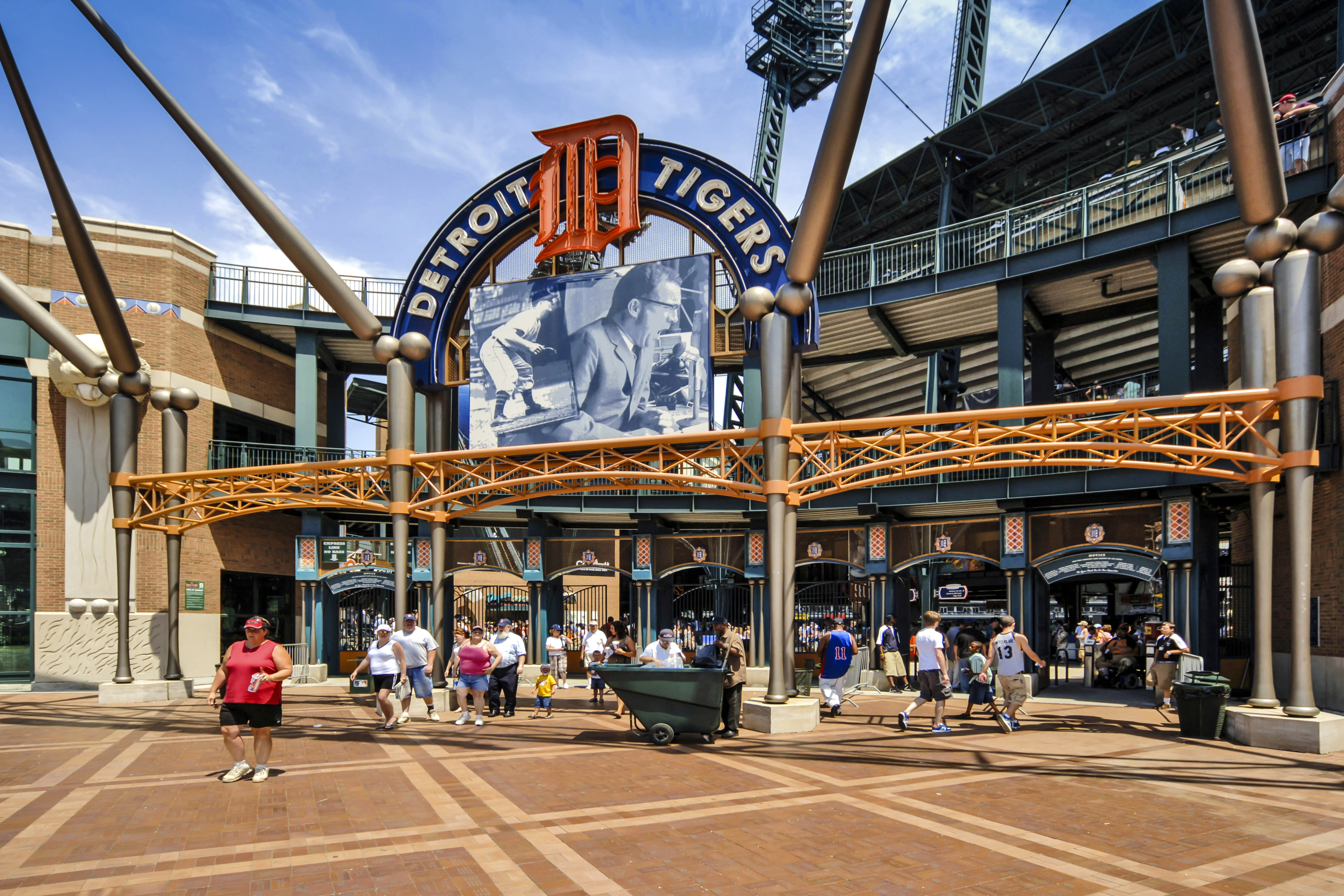 Tigers minor leaguer dies three days after sustaining injuries in skateboarding - Yahoo Sports